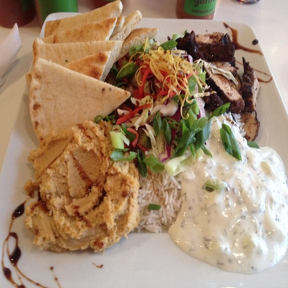 Moroccan Chicken - Venti's Cafe & Taphouse, Salem, OR