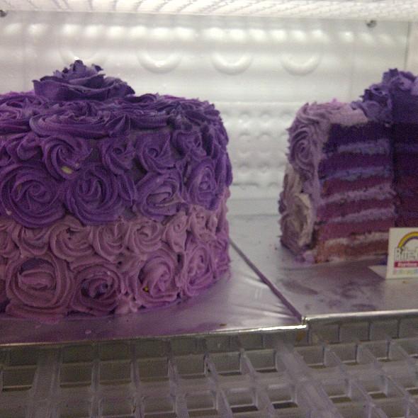 ombre cake @ BiteMe Rainbow