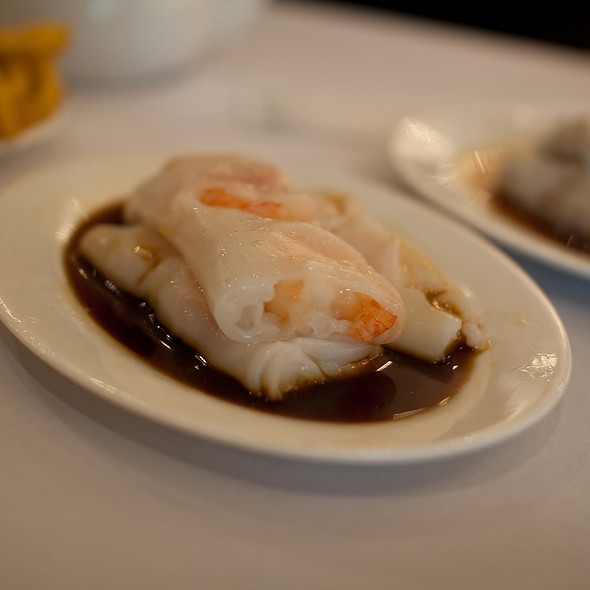 Steamed Prawn Rice Noodle Roll @ Kam Fook Seafood Restaurant