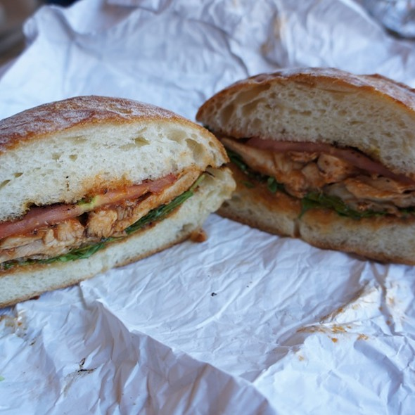 Hickory Smoked Chicken Thighs Sandwich at Leslieville Pumps