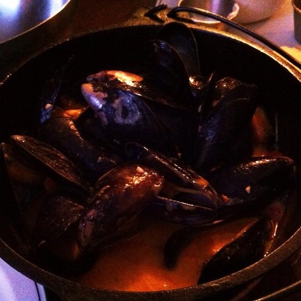 Mussels In Vodka Sauce @ St. Arnolds On Jefferson