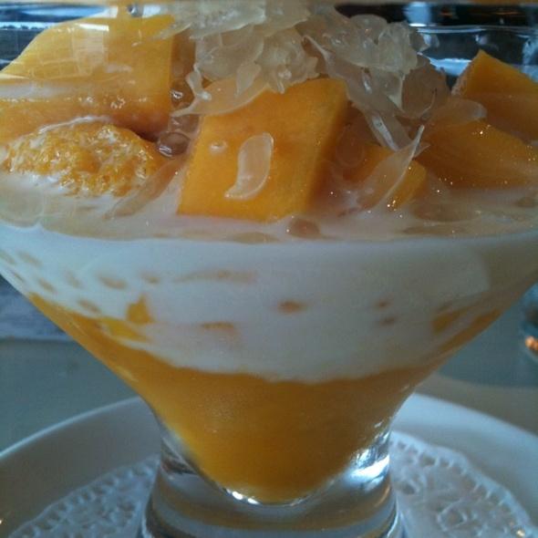 Mango Pomelo Pudding
