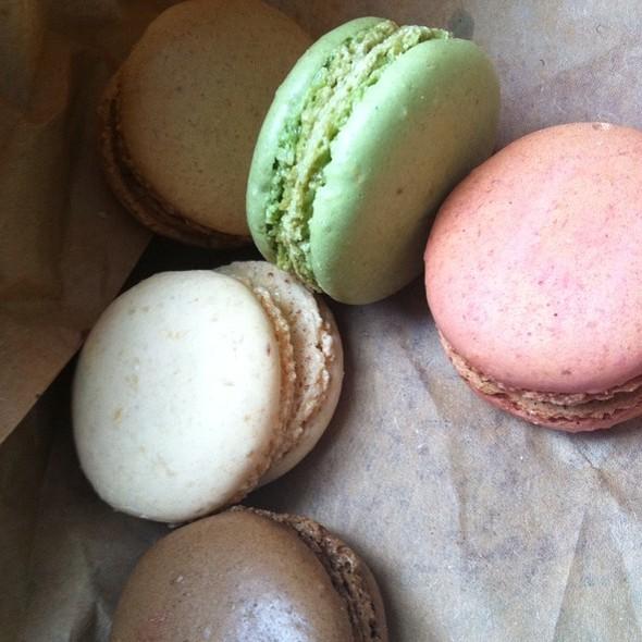Macarons @ La Boulangerie