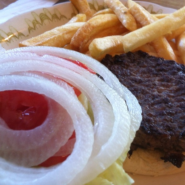 Hamburger @ New Town Restaurant & Deli