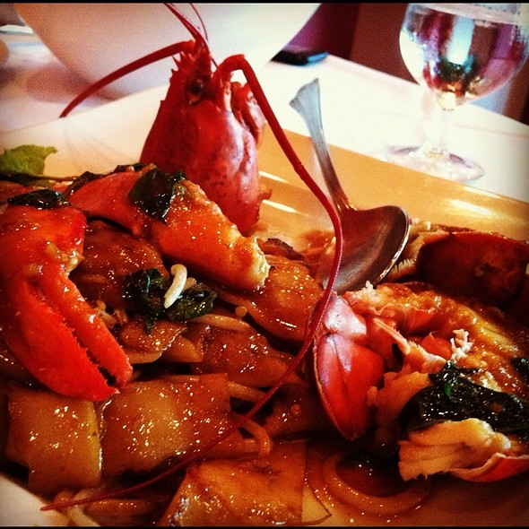 Lobster Drunken Noodles