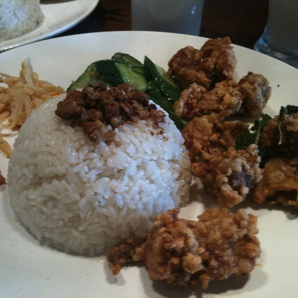 Popcorn Chicken With Rice @ Pearl House