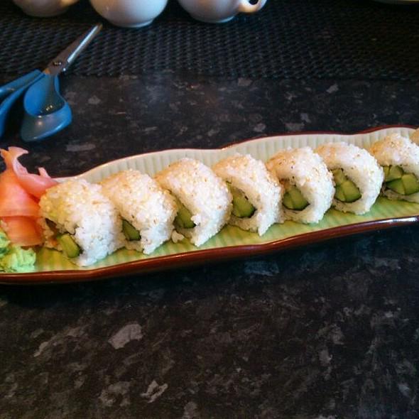 Sake Maki @ Crystal Sushi Baar