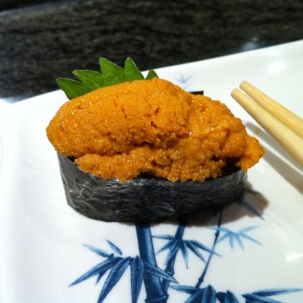 Uni @ Sushi Park