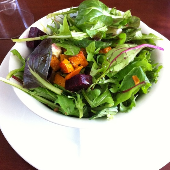 green salad @ Outram Cafe & Gourmet Deli