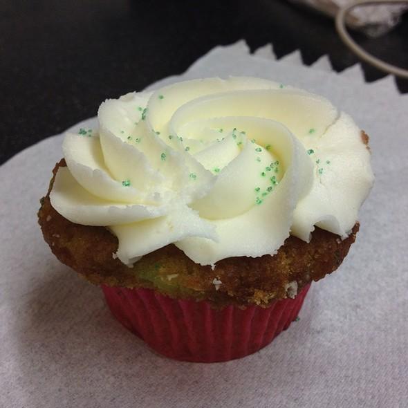 Key Lime Cupcake @ Amanda's Cakery