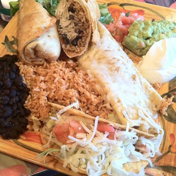 Pancho's Burrito Super Combo