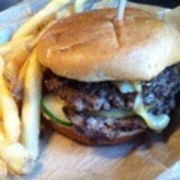 Upper Crust Burger @ Freakin' Unbelieveable Burgers