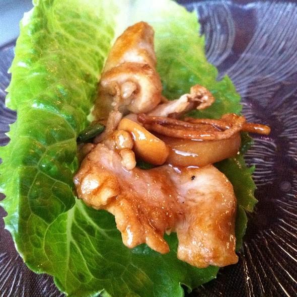 Chicken Lettuce Wraps @ Old City Hall Restaurant