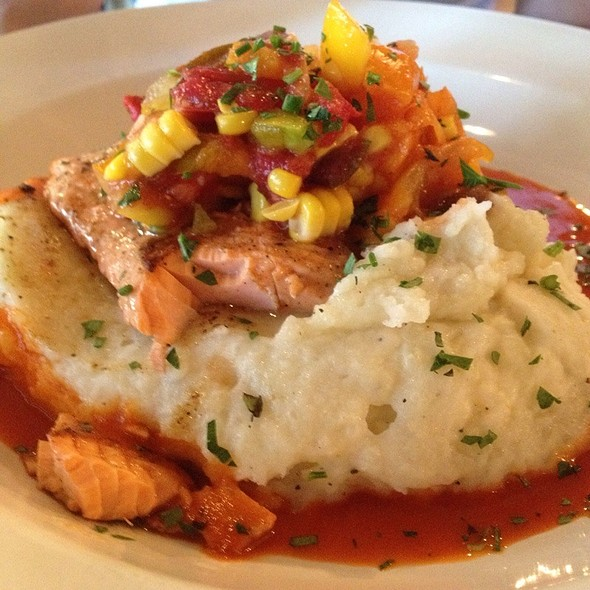 Salmon With Mashed Potatoes @ The Eatery