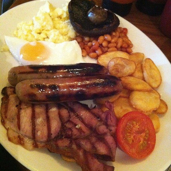 Breakfast @ Harvester