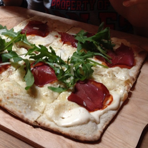 Tarte Flambee With Pastirma @ Noa