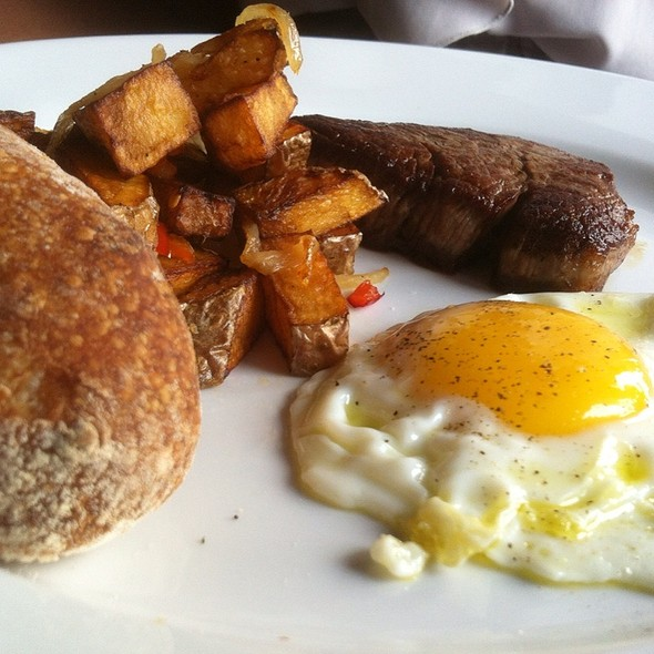 Steak and Eggs @ Tapestry