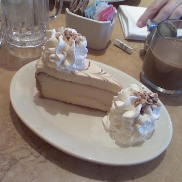 Dulce de Leche Cheesecake @ The Cheesecake Factory