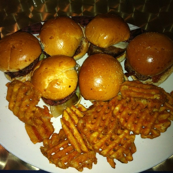Aab&G Sliders - All American Bar & Grille - Rio All-Suite Hotel & Casino, Las Vegas, NV