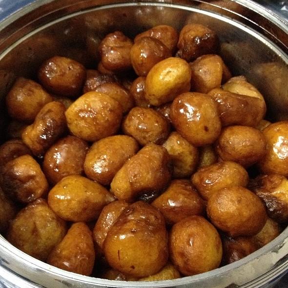 Sweet Fried Dumplings (Lgaimat) لقيمات @ Khalid H. Kitchen