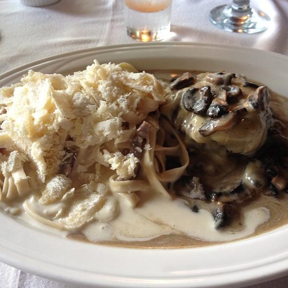 Cartoccio De Lomito Con Pasta Grana Padano