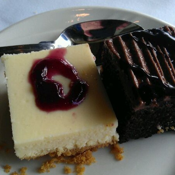 Cheesecake And Brownie @ 94th Aero Squadron