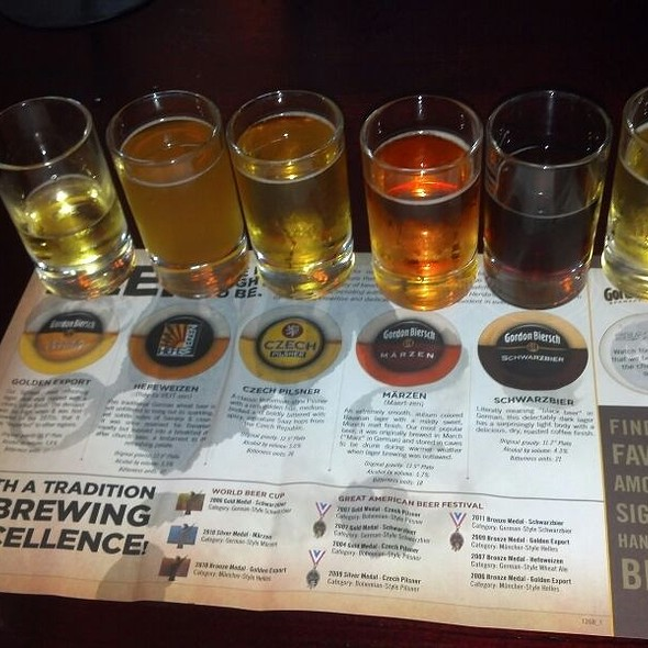 Beer Sampler @ Gordon Biersch