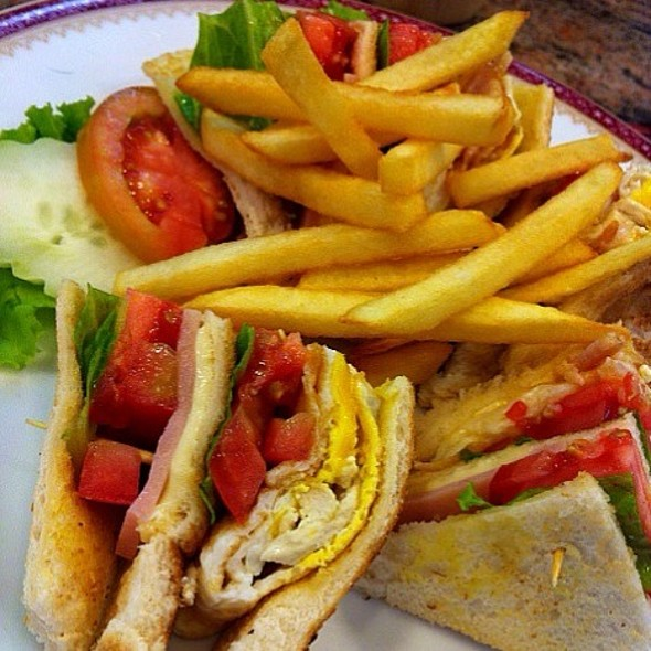 Club Sandwich with Fries @ Took Lae Dee - Eight Thonglor