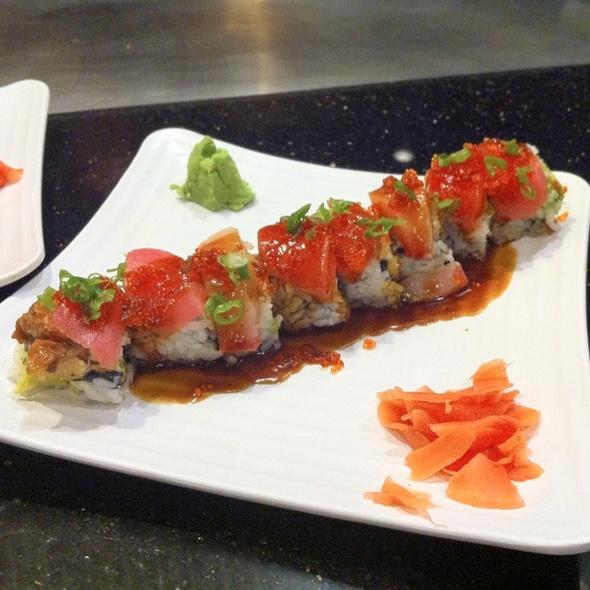 Tokyo Sushi Roll @ Shirashoni