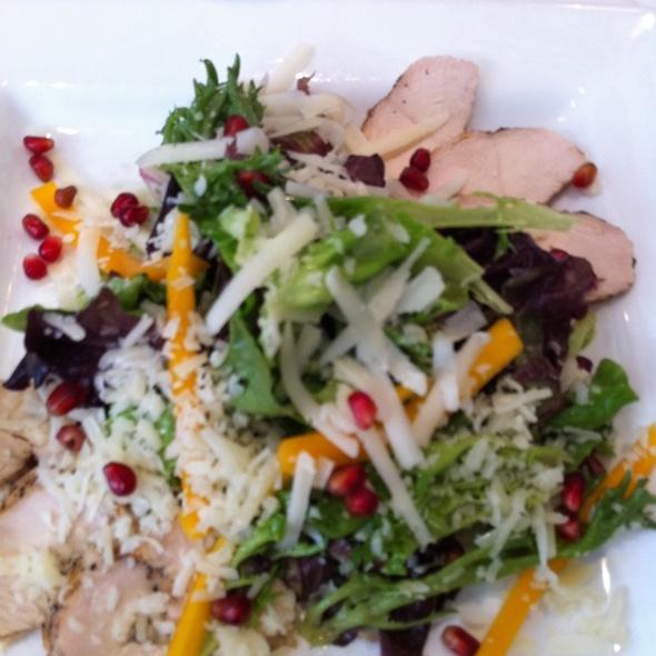 Grilled Chicken salad @ Dudley's Restaurant