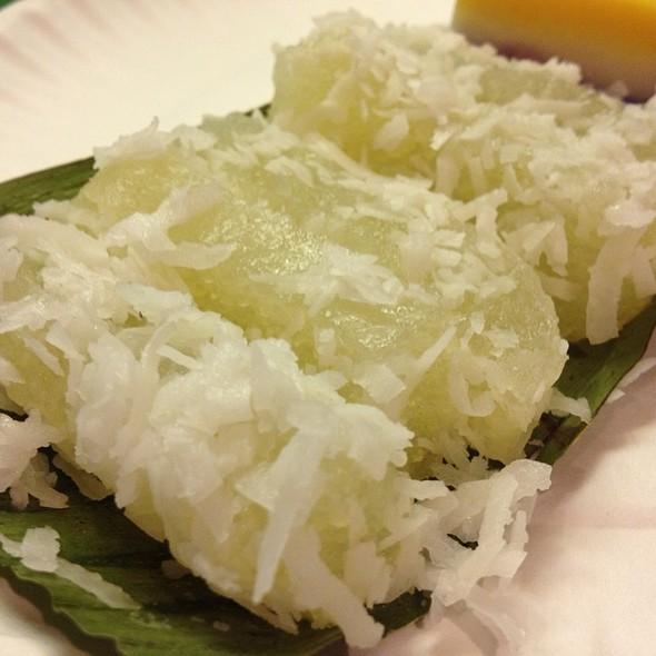 Pichi-pichi @ Kuya's Foodexpress Filipino Restaurant