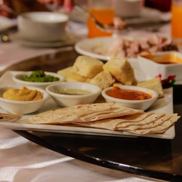 Pita Bread @ Queen Margarette Hotel