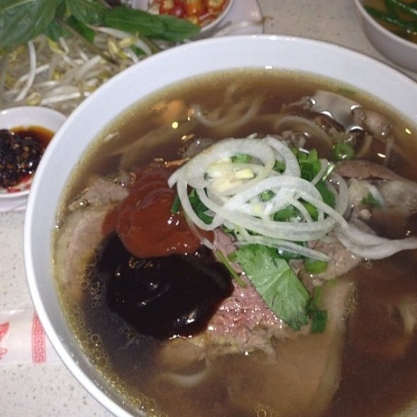 #9 Pho with Brisket and Rare beef