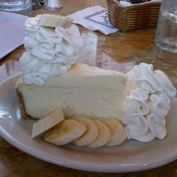 Fresh Banana Cream Cheesecake @ The Cheesecake Factory