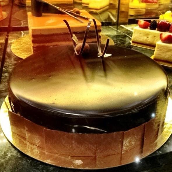Warm Chocolate Cake @ TWG Tea Salon & Boutique (Marina Bay Sands) #1