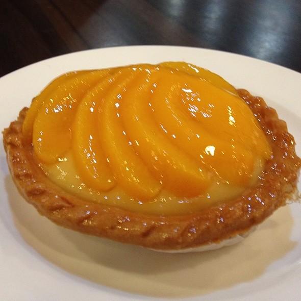 Peach Tart @ Delifrance