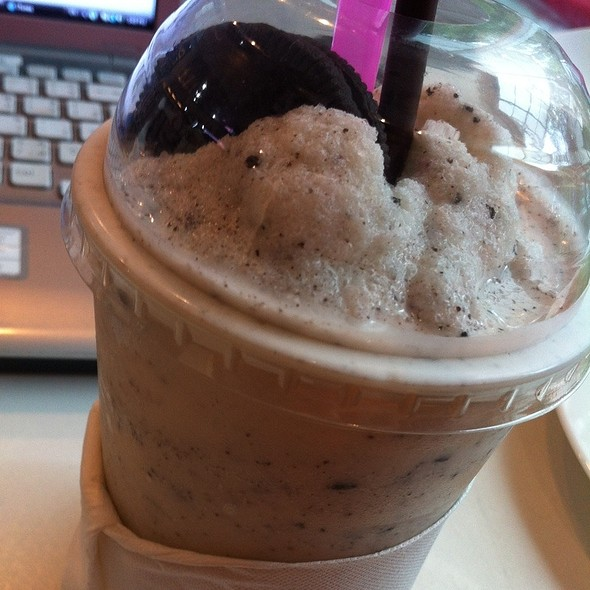 Cookies and Cream Frappe @ Le Pan-ya home made bakery