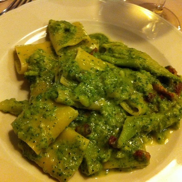 Paccheri Broccoli, Bacon E Pecorino @ Taverna Rossini