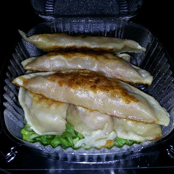 Pork & Veggie Mandu @ Kimchi BBQ Taco Food Truck