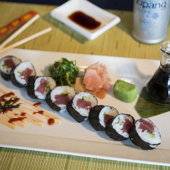Spicy Tuna Rolls @ Aqua