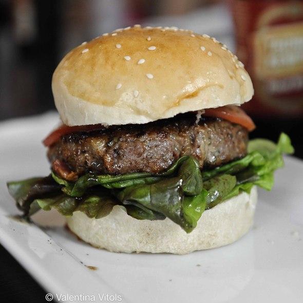 Pinnacle Bacon Bleu @ Built Burger