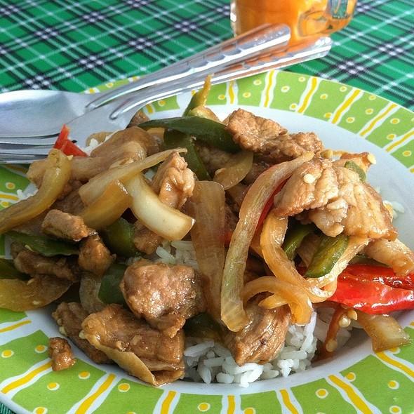 Moo Pad Phrik ข้าวแกงปักษ์ใต้ @ ข้าวแกงเมืองคอน