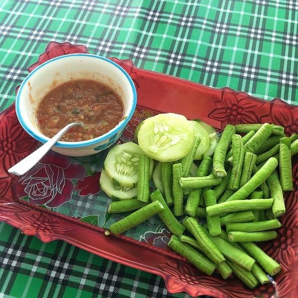 Nam Prik @ ข้าวแกงเมืองคอน