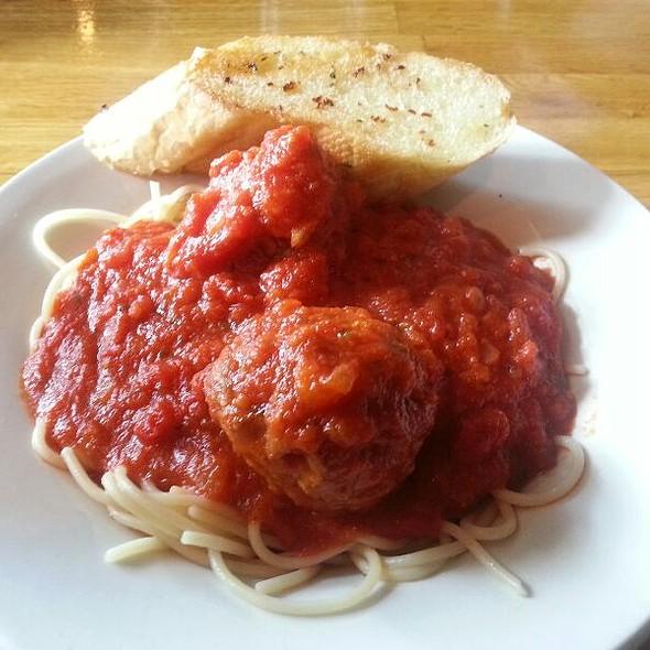 Appetizer Spaghetti  @ Vintage Pizza