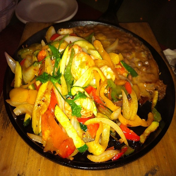 Shrimp Fajitas - El Cholo Cafe, Pasadena, CA