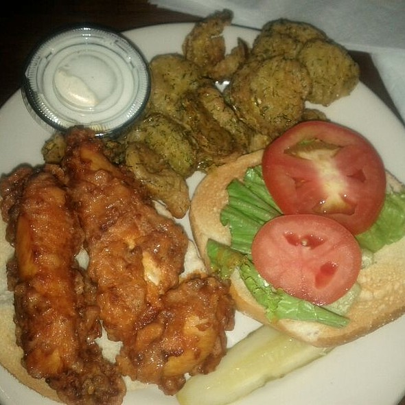 Buffalo Chicken Sandwich and Pickle Chips @ Lynnwood Grill