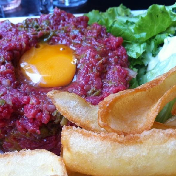 steak tartare @ Brasserie du Théatre
