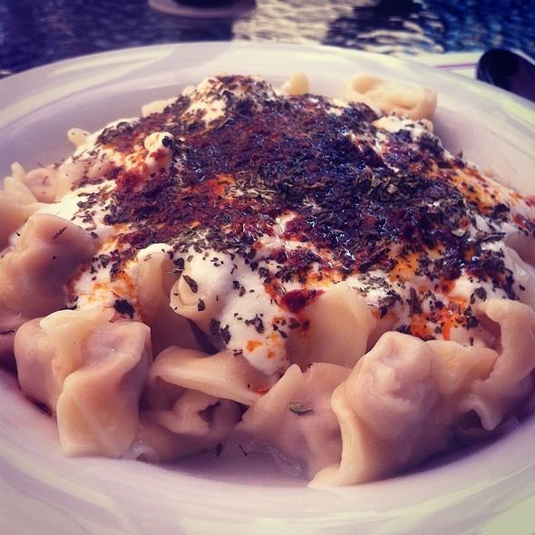 manti @ Vodina Cafe