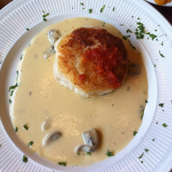 Crab Cakes - Charlotte's - Newtown Square, Newtown Square, PA