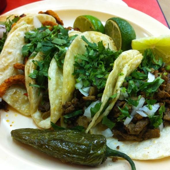 Asada And Al Pastor Tacos @ La Regional